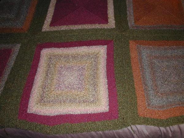 knittingafghan2.JPG