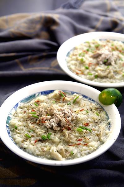 Filipino porridge arroz caldo.jpg