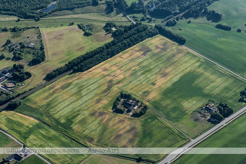 F20180608a082009_8320-Skyvan-OE-FDN-landscape-paysage-Danemark.JPG