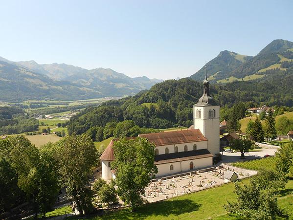 Church-of-Gruyeres.jpg