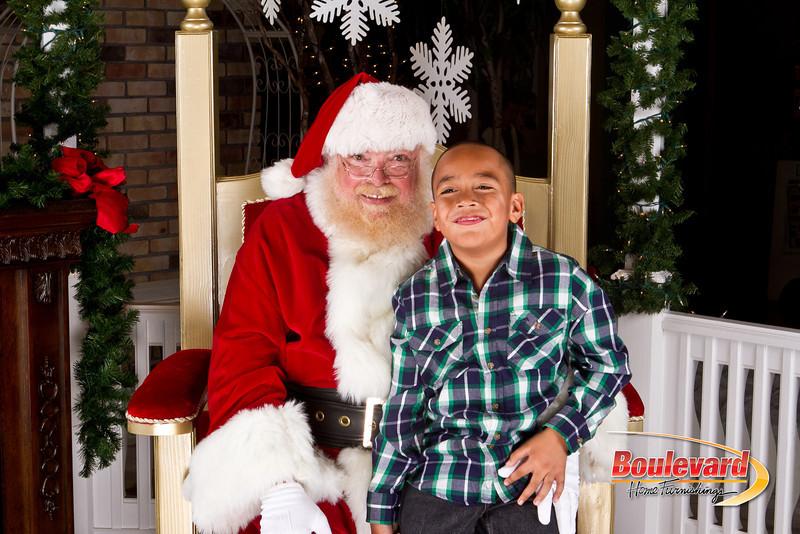 Santa Dec 8-38.jpg