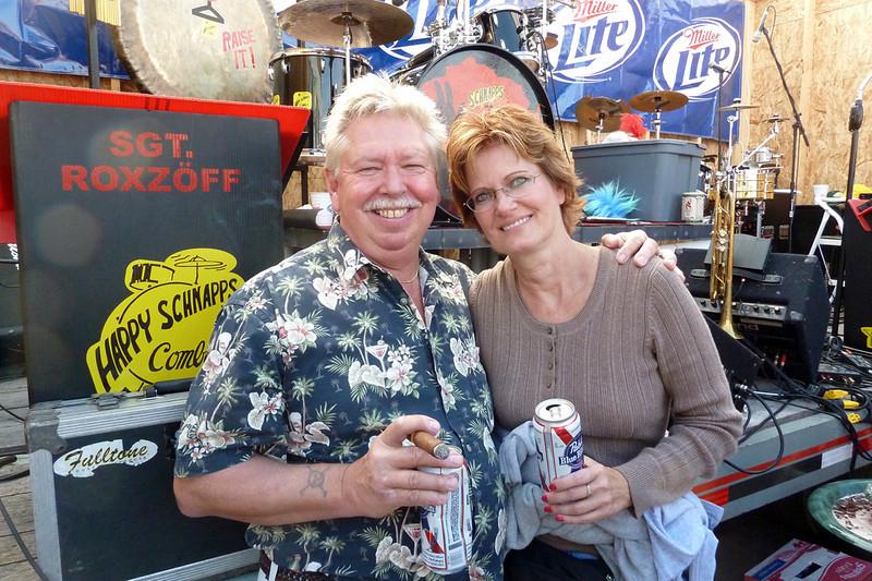 Marty & Joy at Schnapps concert Oct 2010.jpg