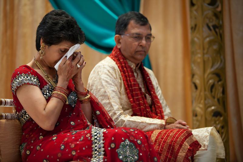Shikha_Gaurav_Wedding-963.jpg