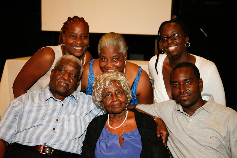 Edouard Family Reunion-3751.jpg