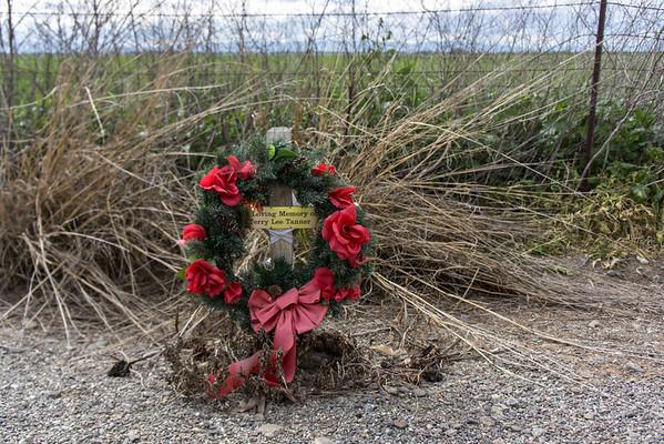 Roadside_Memorials