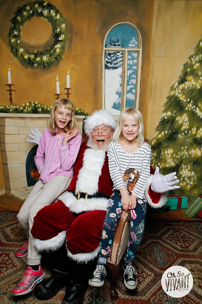 Pictures with Santa @Earthbound 12.1.2018-136.jpg
