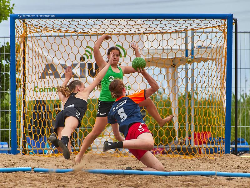 Molecaten NK Beach Handball 2017 dag 1 img 410.jpg