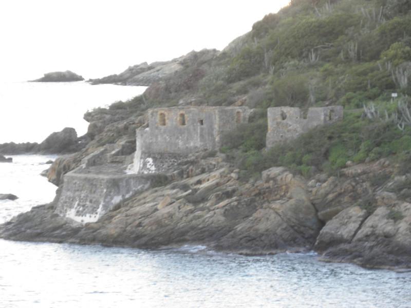 Looks like a fort.JPG