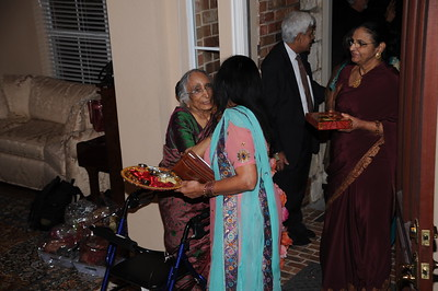 11-23-2012 Charu - Mehndi Part 2