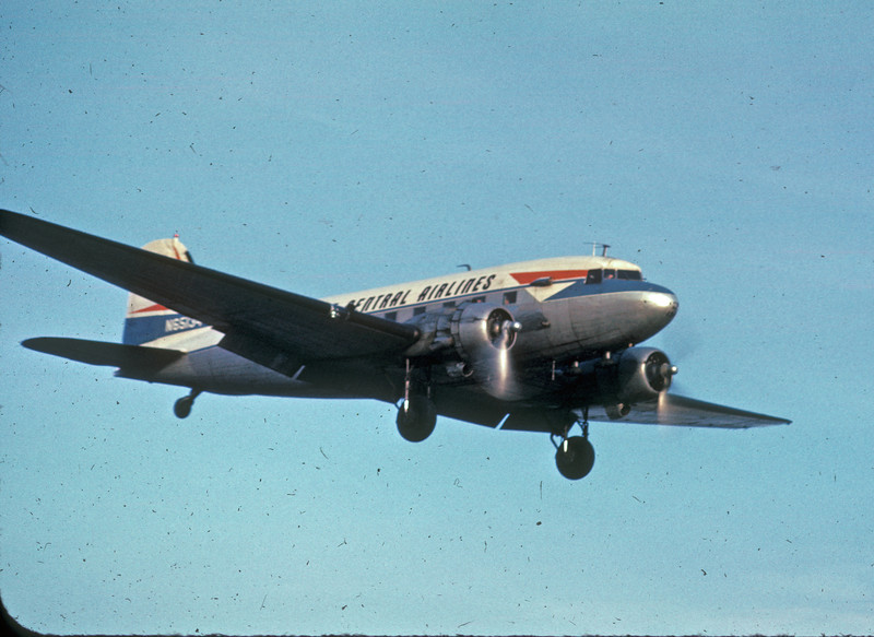 DTW 1966 NC DC-3small.jpg