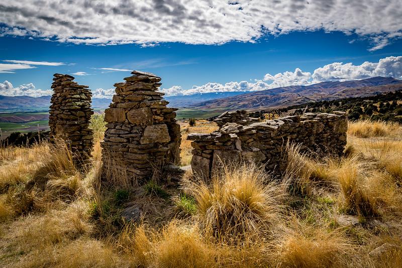 Goldmine Bendigo: Steinerne Überreste vor gewaltiger Kulisse