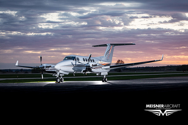 King Air B200 N3181 (High Res w/Logo)