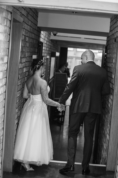 Sam_and_Louisa_wedding_great_hallingbury_manor_hotel_ben_savell_photography-0198.jpg