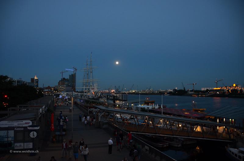 Hamburg_12.jpg