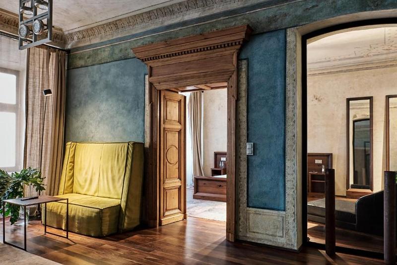krakow-luxury-hotel-stary.jpeg