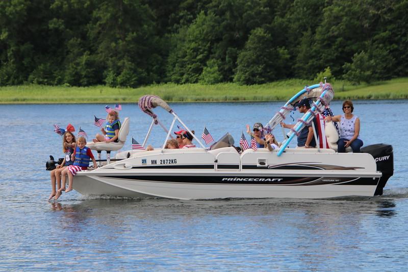 2019 4th of July Boat Parade  (123).JPG