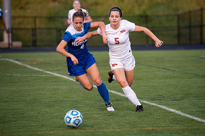 2018.05.10 Girls Soccer: Tuscarora @ Briar Woods