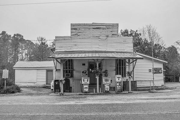Horatio-Hagood Buildings in Black & White 12/16