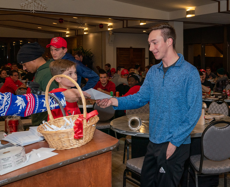 191204_Pizza Party_225.jpg