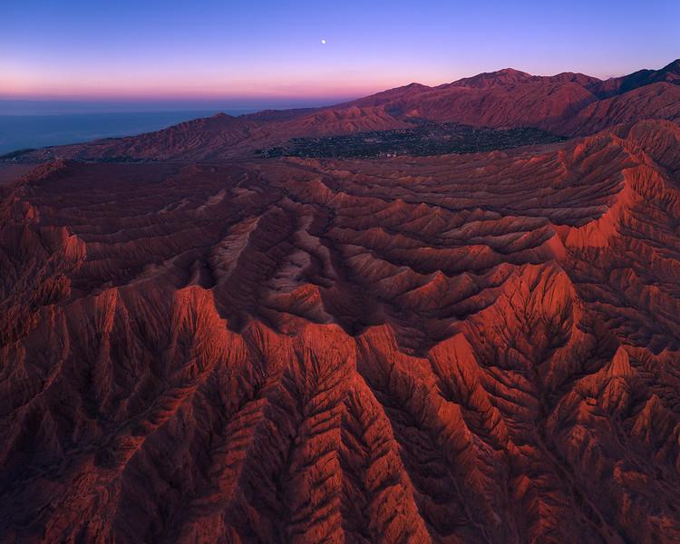 mars canyon moon pano copy story.jpg