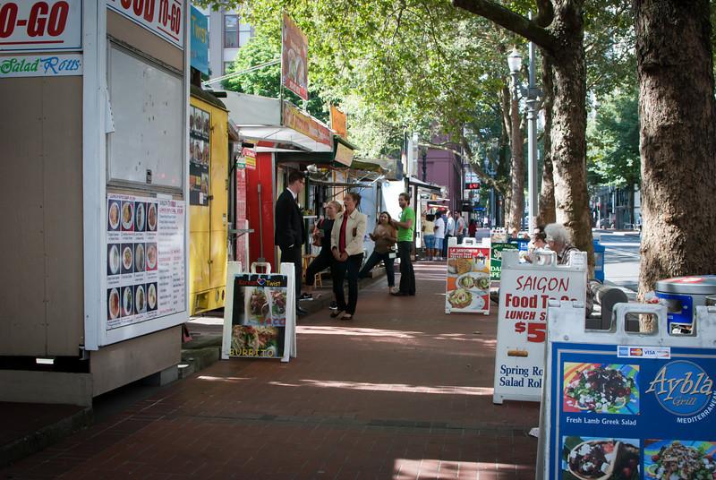 Portland 201208 Food Carts (23).jpg