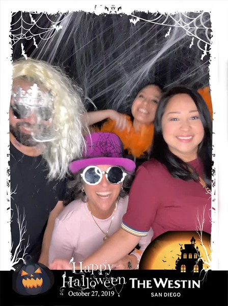 Westin_Halloween_Party_2019_boomerang_10.mp4