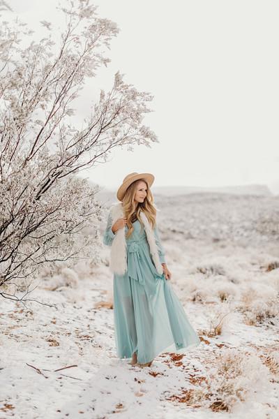Natalie(snow)-18.jpg