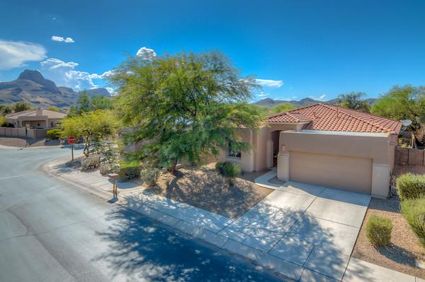 For Sale 8479 N. Sunny Rock Ridge Dr., Tucson, AZ 85743
