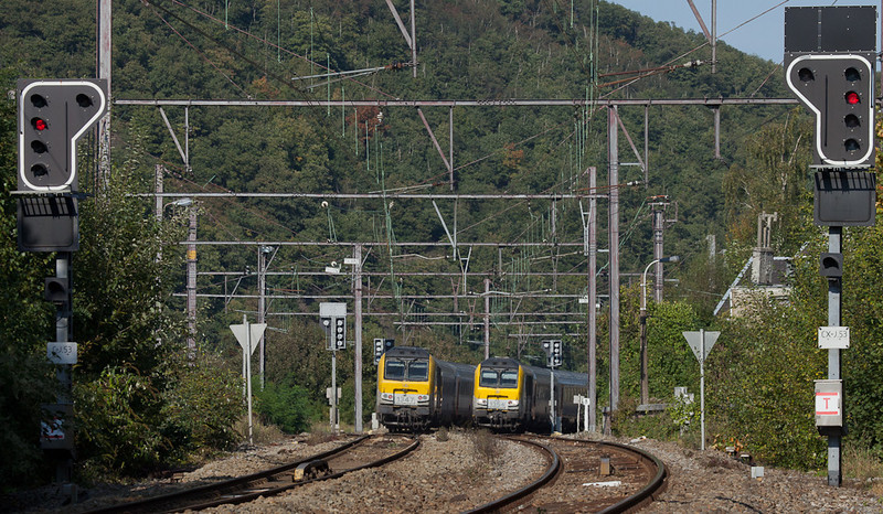 1347 and 1354 with IC-As to Eupen and Ostende meet in Verviers-Stembert.