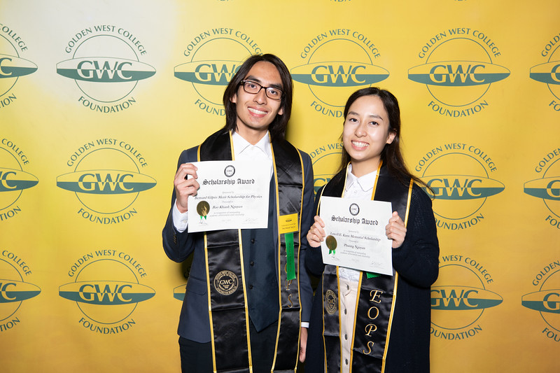 Scholarships-Awards-2019-0926.jpg