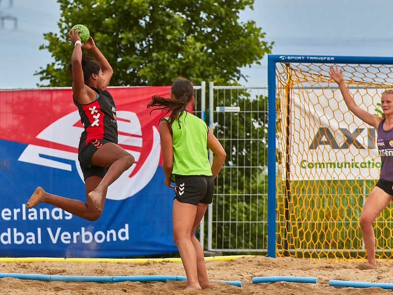 Molecaten NK Beach Handball 2017 dag 1 img 603.jpg