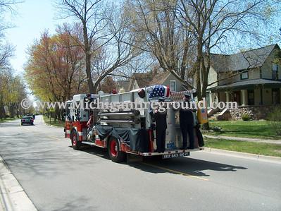4/18/06 - Chelsea Fire Captain Matt Tuttle funeral procession