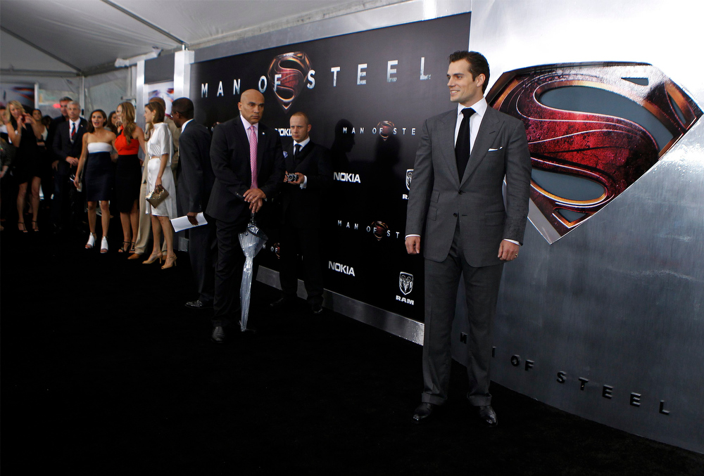 """. Cast member Henry Cavill (R) arrives for the world premiere of the film \""""Man of Steel\"""" in New York June 10, 2013. REUTERS/Lucas Jackson"""