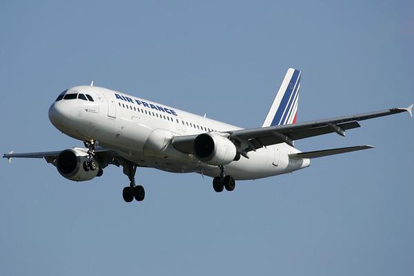 F-GJVB - Airbus A320-211