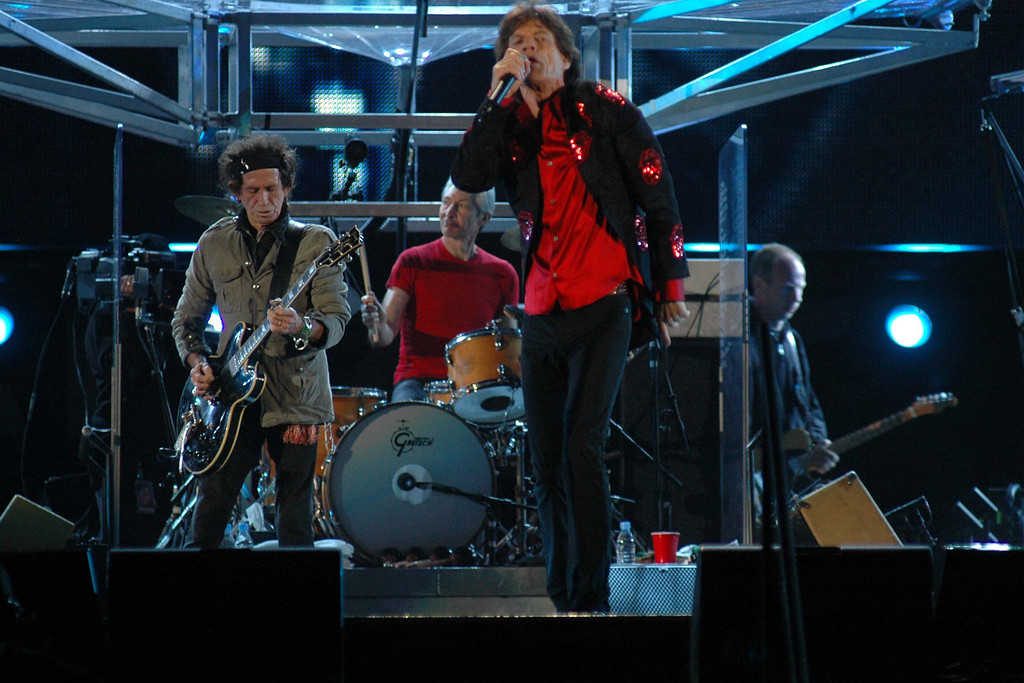 ". The Rolling Stones perform at the Foro Sol in Mexico City, Mexico, on Sunday, Feb. 26, 2006, during part of their ""Bigger Bang\"" tour.(AP Photo/Roberto Velazquez)"