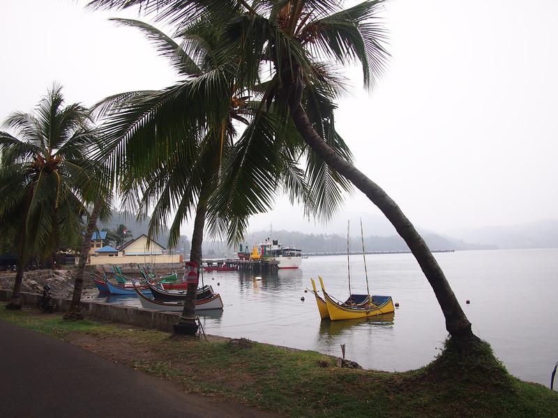 P1275732-harbour-sabang.JPG