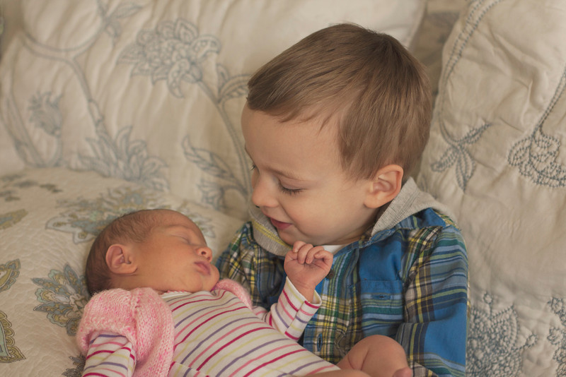 newborn-sibling-photo.jpg