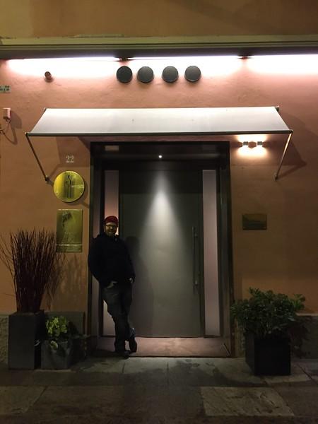 Dave at Osteria Francescana door.jpg