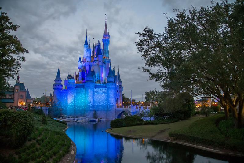 Cinderella's Castle - DisneyLand - Orlando, Fl