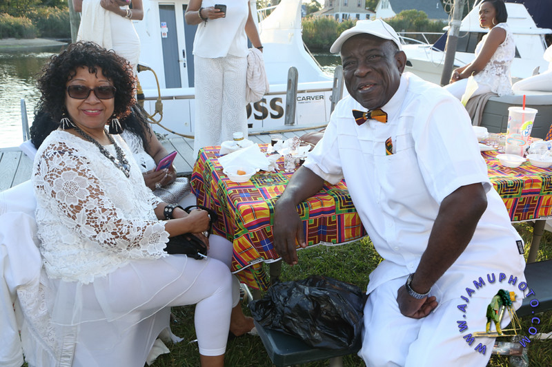 MAXINE GREAVES PURE WHITE ONTHE BAY A TOUCH OF AFRICA-173.jpg