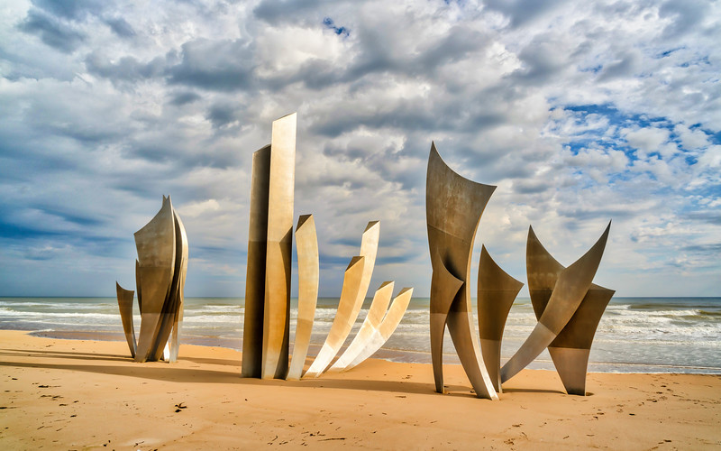 les-braves-omaha-beach-france.jpg
