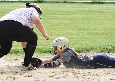 052021 Hiawatha softball vs Indian Creek