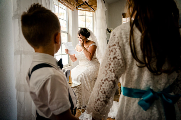 Jessica & Cody Bride Getting Ready