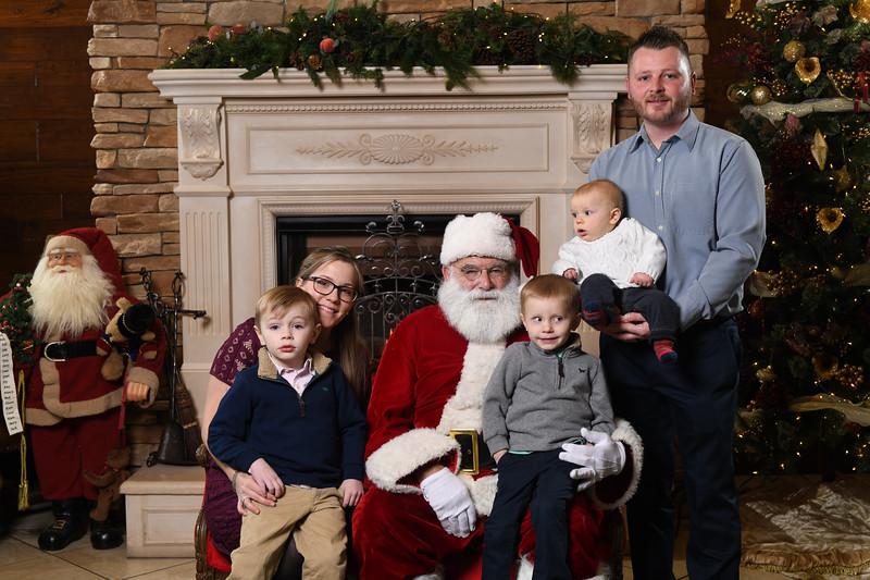 Santa2018.TylerBoye.-104.jpg