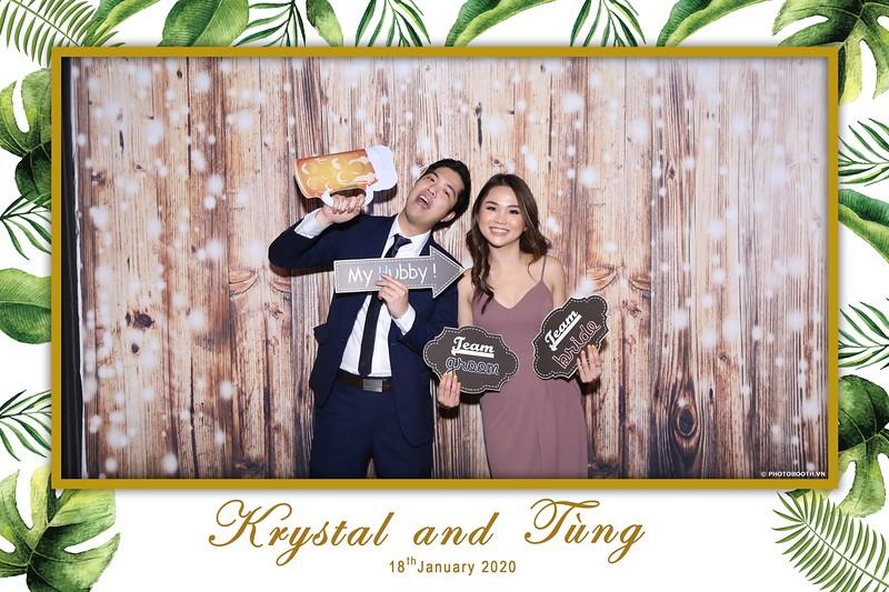 Krystal-Tung-wedding-instant-print-photo-booth-in-Ho-Chi-Minh-City-Chup-hinh-lay-lien-Tiec-cuoi-WefieBox-Photobooth-Vietnam-028.jpg