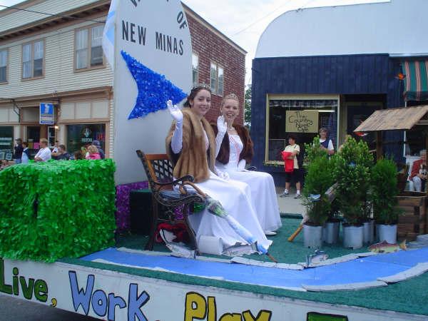 parade_1804436275_o.jpg