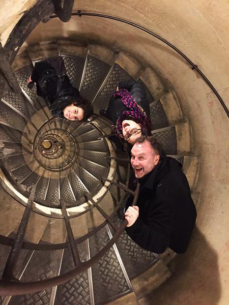 paris arc de triomphe stairwell.jpg