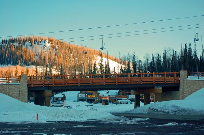 Skibridge.jpg