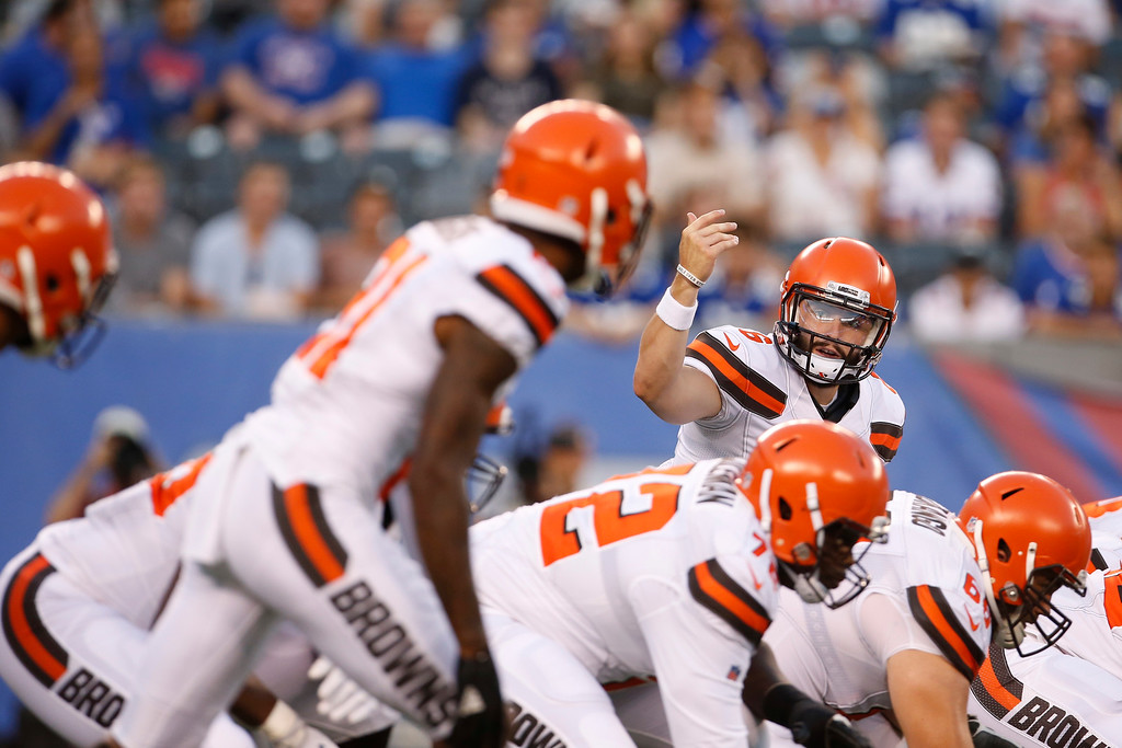 . Cleveland Browns quarterback Baker Mayfield (6) gestures to teammates during the first half of a preseason NFL football game against the New York Giants Thursday, Aug. 9, 2018, in East Rutherford, N.J. (AP Photo/Adam Hunger)