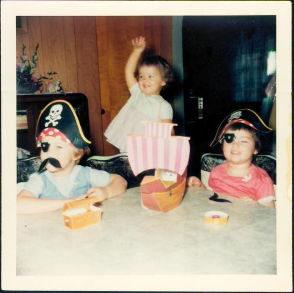 Shari, Annette, Ramona Grant